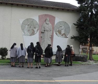 Pèlerinage à Müstair, canton des Grisons